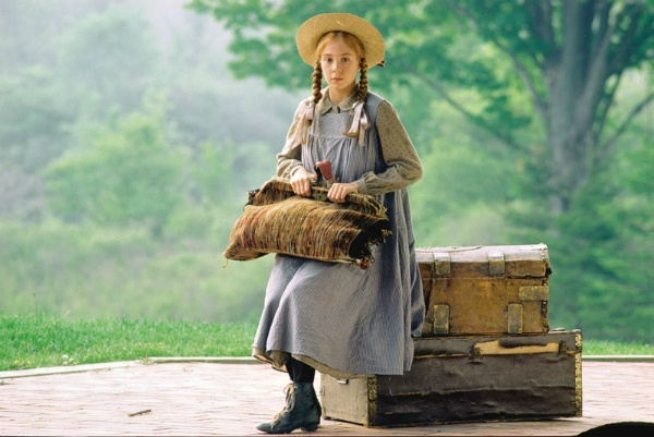 YA Movie News Roundup: ANNE OF GREEN GABLES On The Big Screen!!