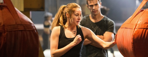 Giveaway: DIVERGENT Blu-Ray