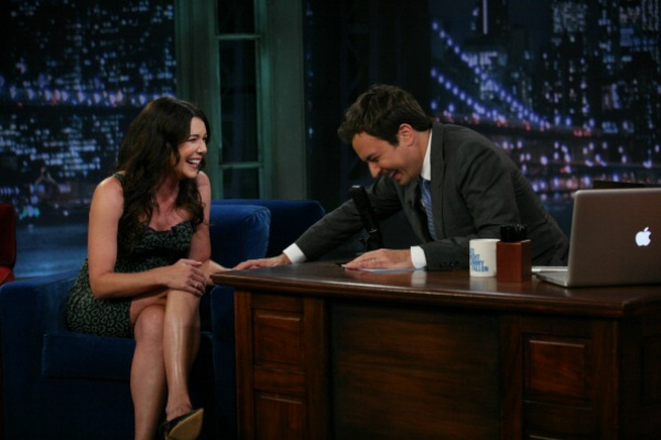 Lauren Graham's Co-Writing And Starring In A New NBC Comedy!
