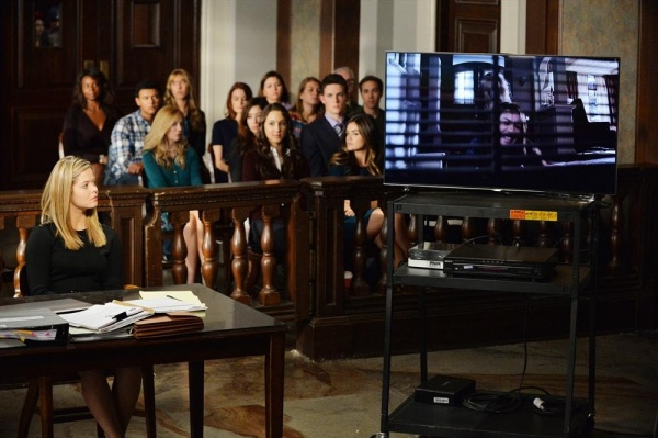 Pretty Little Liars 5x23: The Melody Lingers On